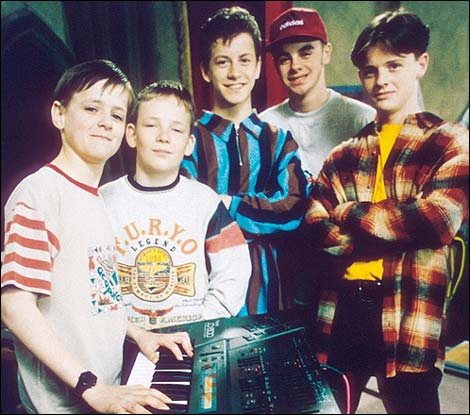[Image: ant_and_dec_byker_grove_470x415.jpg]