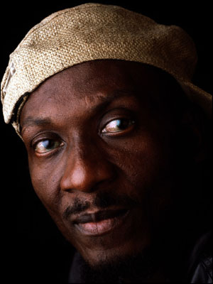 http://www.bbc.co.uk/tyne/content/images/2006/10/26/jimmy_cliff_now_300x400.jpg