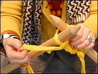 needles 203 203x152 Big Knitting Needles