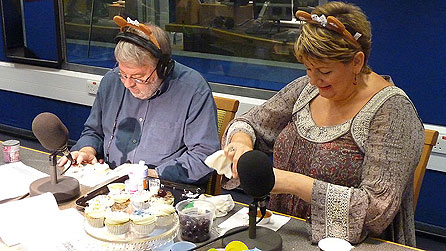 Bbc wales radio wales roy noble get baking for for Angela decoration
