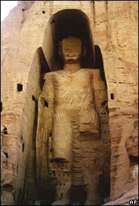 مجسمه های بامیان که بدست طالبان تخریب شد