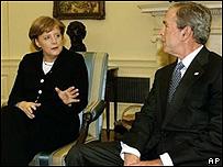 جورج بوش، رييس جمهوری آمريکا، و آنگلا مرکل