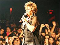 مهستی، خواننده ایرانی