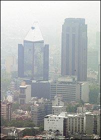 Vista aérea da poluição na Cidade do México