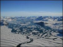 Plataforma de Ward Hunt. Cortesia: Denis Sarrazin, ArcticNet/Centre d'Etudes Nordiques