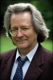 Anthony C. Grayling, Darwin konusunda makaleleri bulunan İngiliz filozof