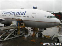 http://www.bbc.co.uk/worldservice/images/2009/06/20090619084202continetalplane.jpg